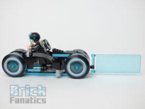 LEGO Ideas 21314 TRON Legacy 7 300x225