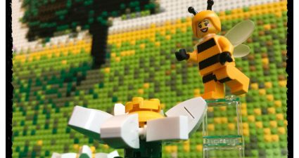 Brick_Pic_Bee