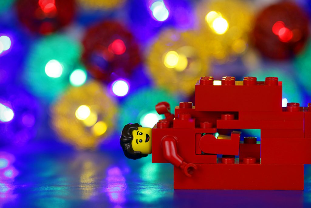 Brick_Pic_Red_Brick_Minifigure
