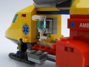 LEGO City 60179 Ambulance Helicopter 1 300x225