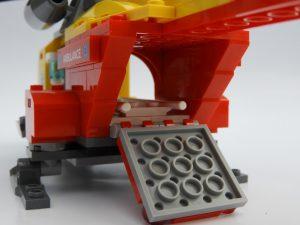 LEGO City 60179 Ambulance Helicopter 2 300x225