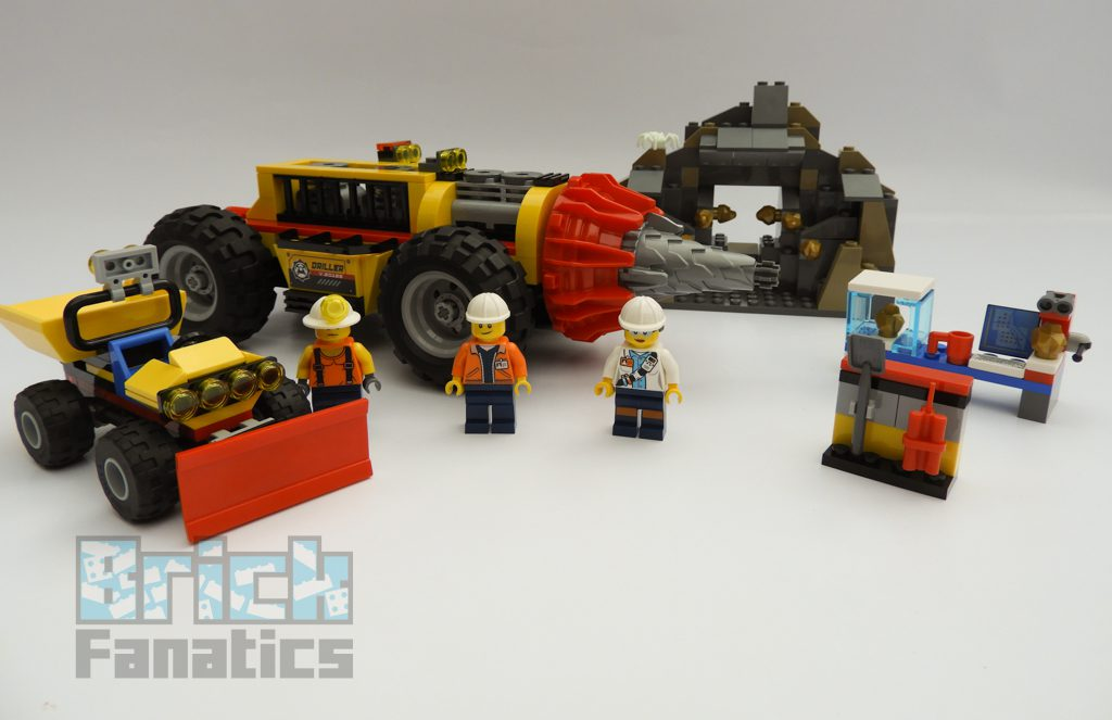 LEGO_City_60186_Mining_Heavy_Driller-2