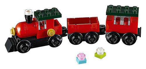 LEGO Creator 30543 Christmas Train 2