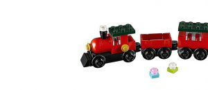LEGO_Creator_30543_Christmas_Train_featured