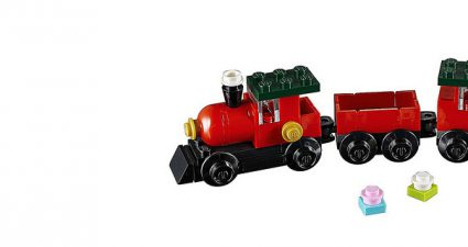 LEGO_Creator_30543_Christmas_Train_featured