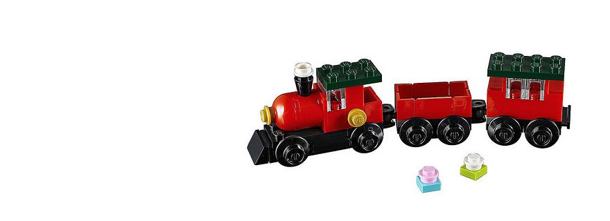 LEGO Creator 30543 Christmas Train Featured