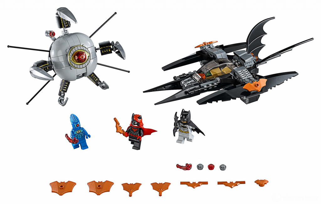 LEGO_DC_Super_Heroes_76111_Batman_Brother_Eye_Takedown