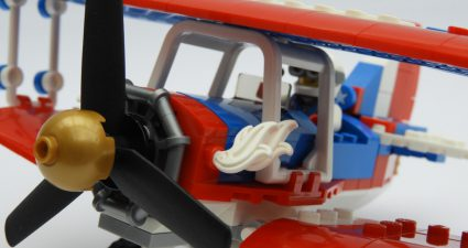 31076 stunt plane close up 2