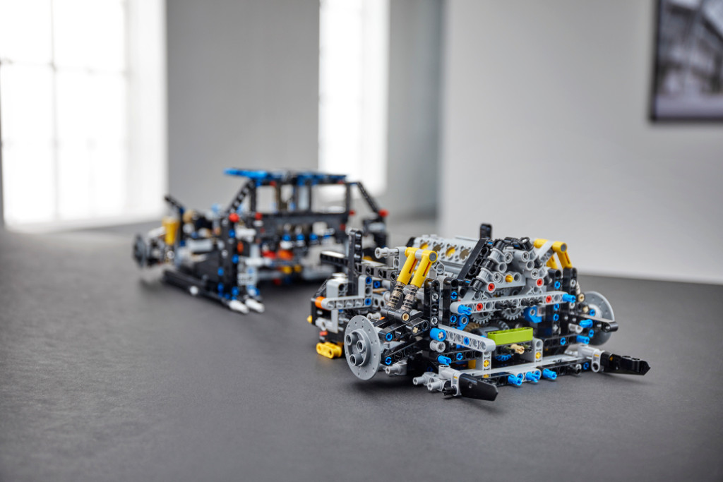 42083 Technic 2HY18 Building Marriage