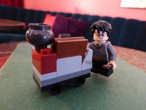 LEGO 30407 Harrys Journey Hogwarts 17 300x225