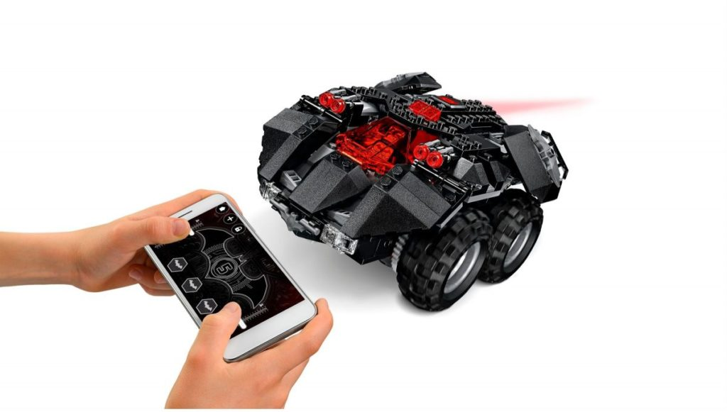 LEGO 76112 App Controlled Batmobile 4