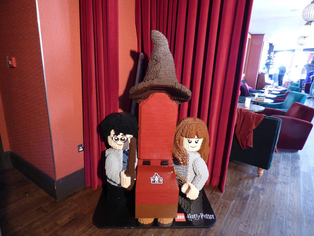 LEGO Harry Potter Sorting Hat 1024x768