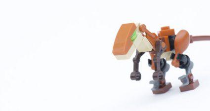 LEGO_Jurassic_World_Fallen_Kingdom_Velociraptor_title