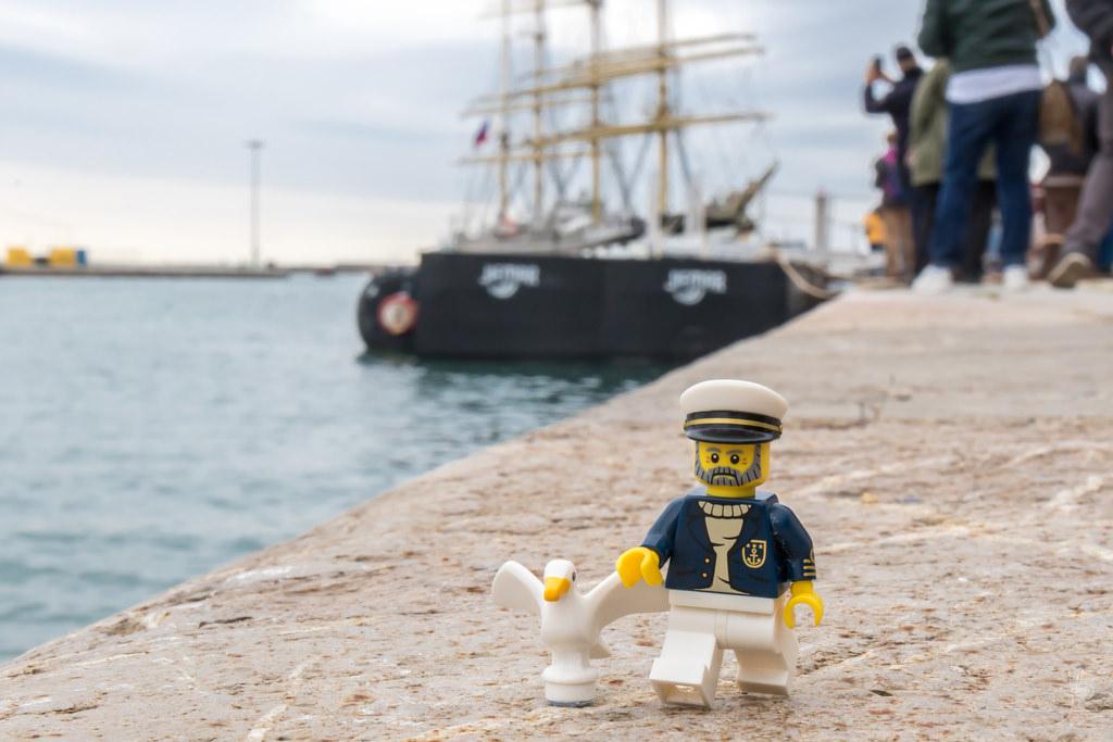 LEGO Captain