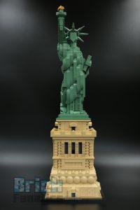 LEGO 21042 Statue of Liberty 1