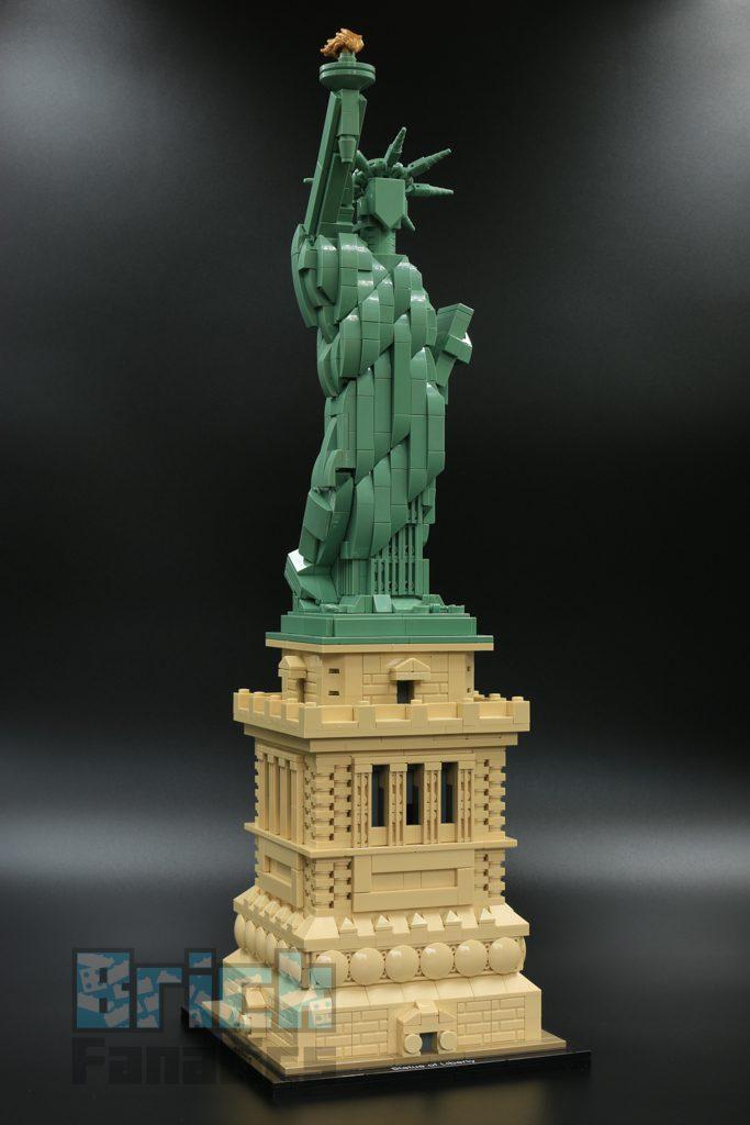 LEGO 21042 Statue of Liberty 2