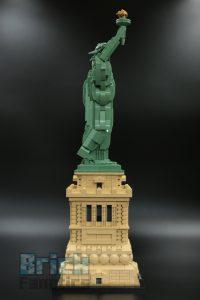 LEGO 21042 Statue of Liberty 3