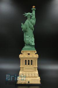 LEGO 21042 Statue of Liberty 5