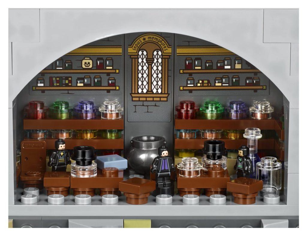LEGO Harry Potter 71043 Hogwarts Castle 7