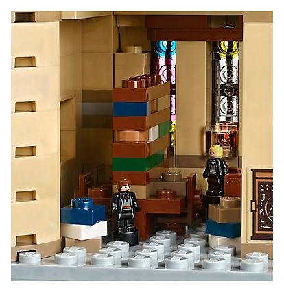 LEGO Harry Potter 71043 Hogwarts Castle A 13