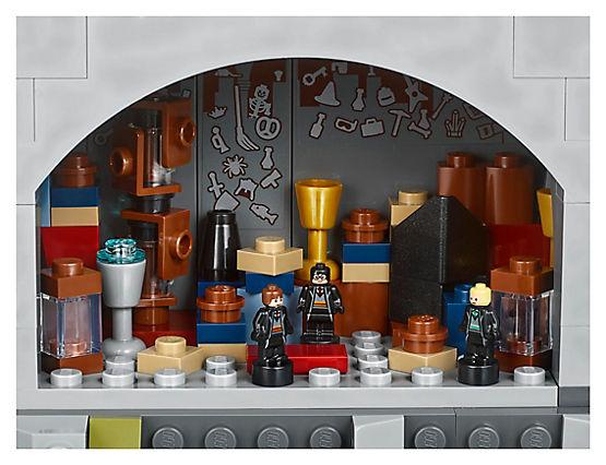 LEGO Harry Potter 71043 Hogwarts Castle A 16