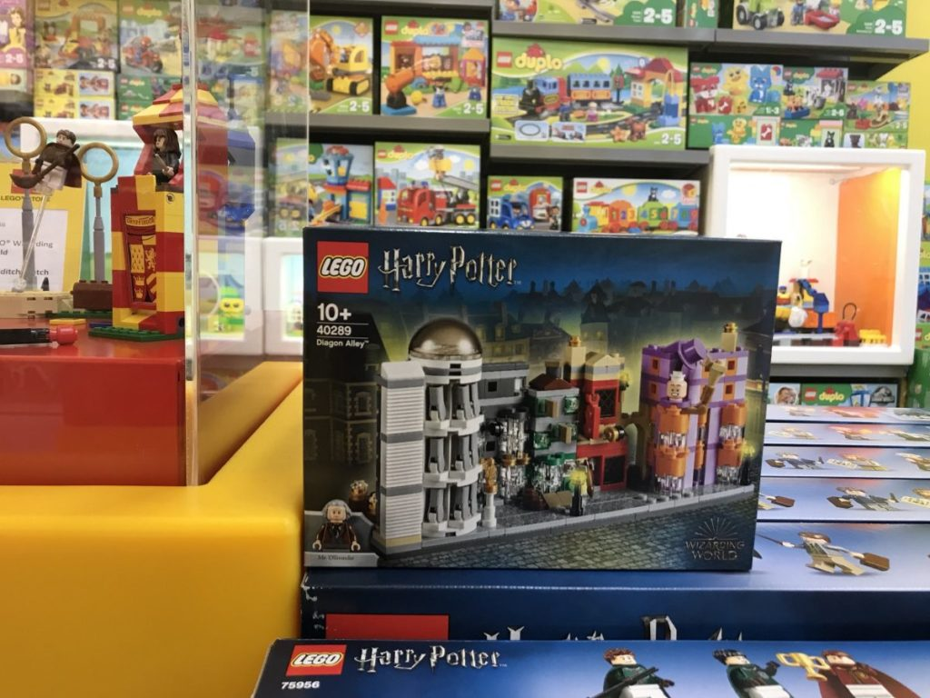 LEGO Harry Potter 40289 Diagon Alley 2