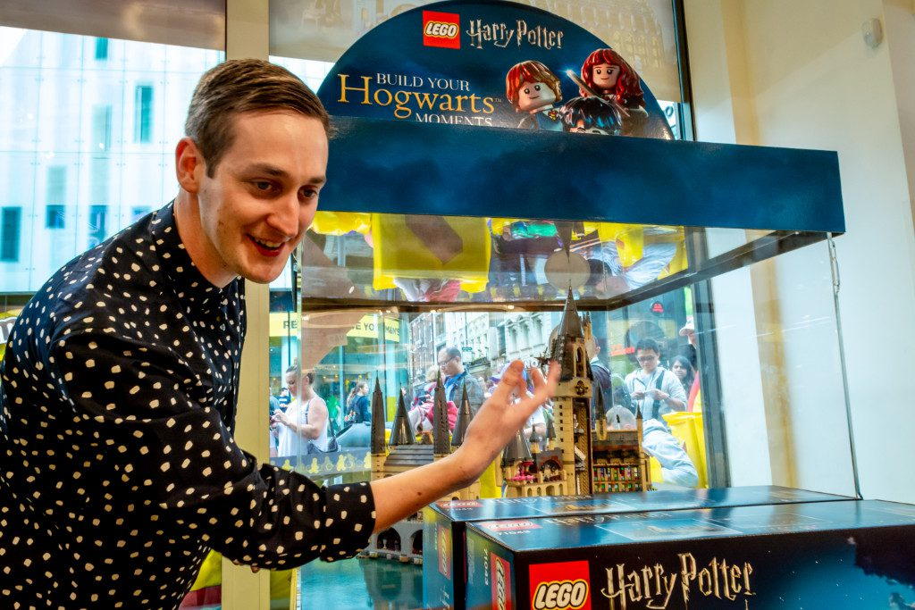 LEGO Harry Potter Hogwarts Castle Justin Ramsden Signing 2 1024x683