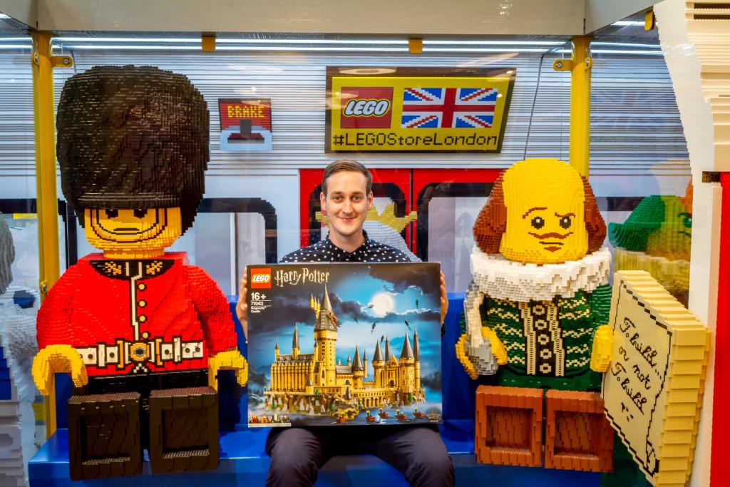 LEGO Harry Potter Hogwarts Castle Justin Ramsden Signing 3