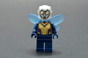 LEGO Marvel Super Heroes 76109 Quantum Realm Explorers 10