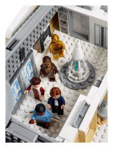 LEGO Star Wars 75222 Betrayal At Cloud City 30 229x300