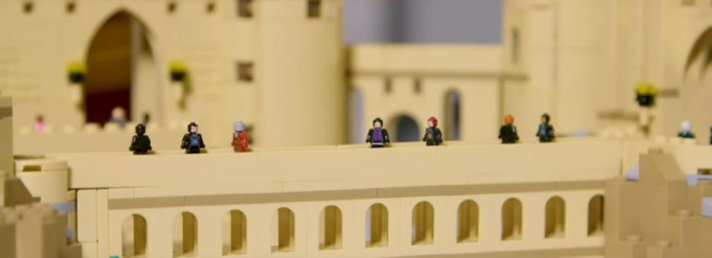 LEGO Harry Potter 71043 Hogwarts Castle Featured 4