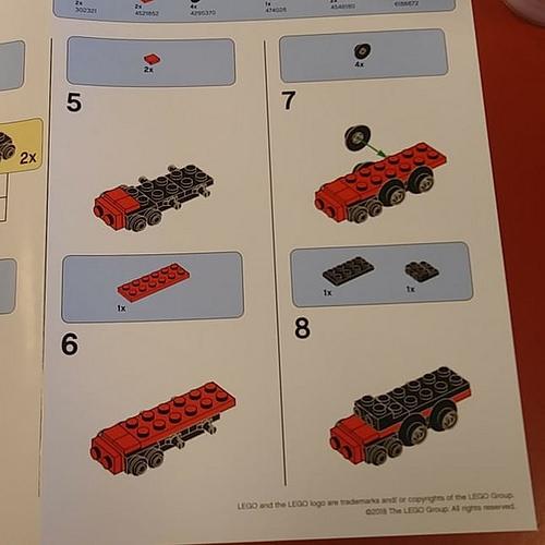 LEGO Hogwarts Express 2
