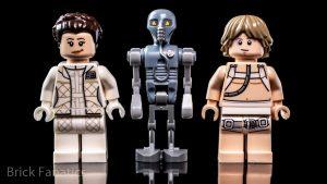 LEGO Star Wars 75203 Hoth Medical Chamber 13 300x169