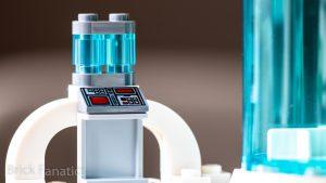LEGO Star Wars 75203 Hoth Medical Chamber 23 300x169