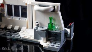 LEGO Star Wars 75203 Hoth Medical Chamber 6 300x169