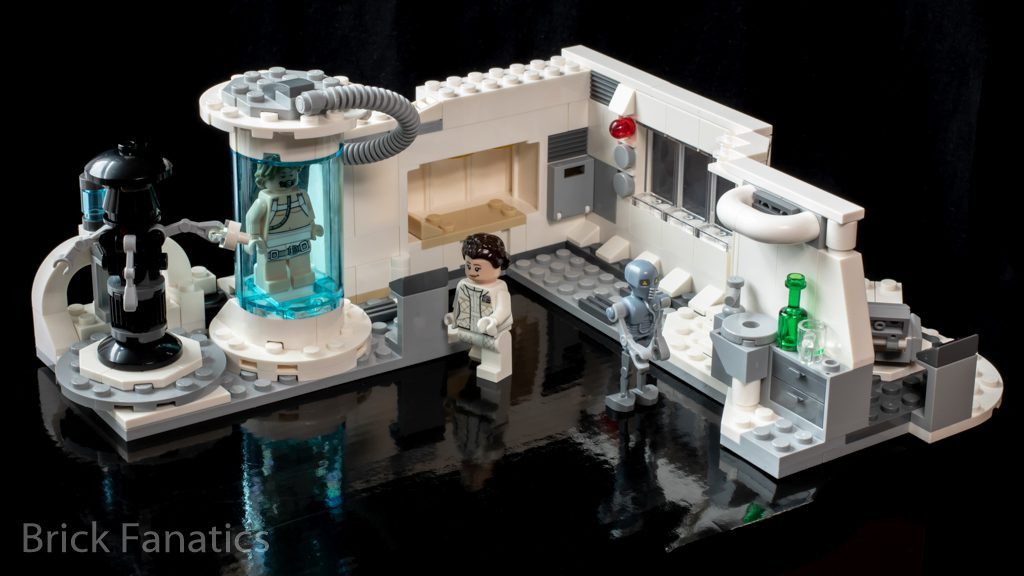 LEGO Star Wars 75203 Hoth Medical Chamber 9 1024x576