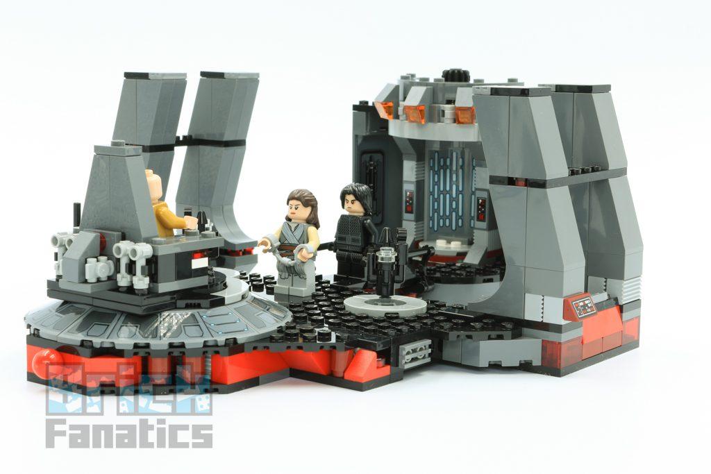 LEGO Star Wars 75216 Snokes Throne Room 1 1024x683