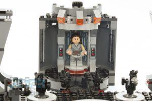 LEGO Star Wars 75216 Snokes Throne Room 8 300x200