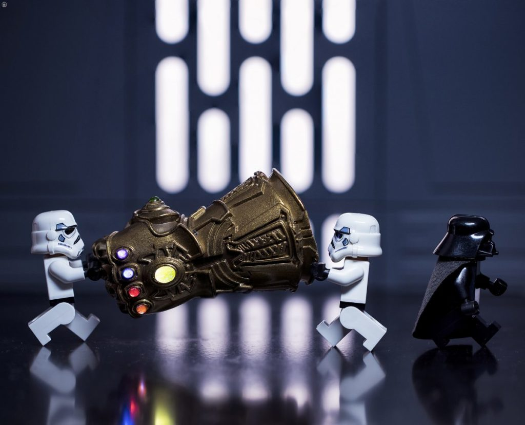 Brick Pic Vader Gauntlet