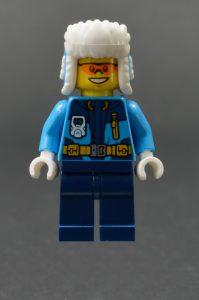LEGO City 60195 Arctic Mobile Base 15 199x300