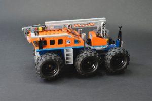 LEGO City 60195 Arctic Mobile Base 2 300x199
