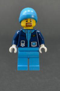 LEGO City 60195 Arctic Mobile Base 23 199x300