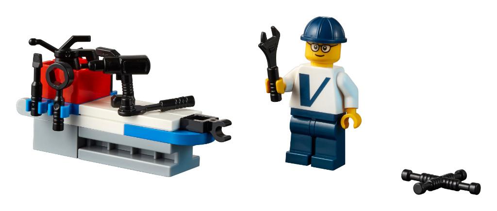 LEGO Creator Expert 10268 VESPA Wind Turbine 17