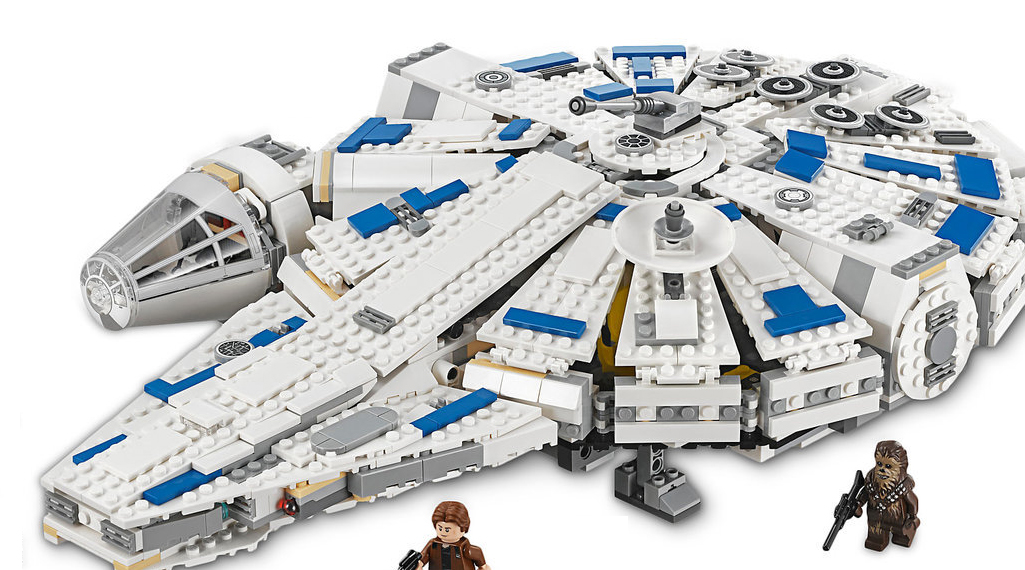 LEGO Star Wars 75212 Kessel Run Millennium Falcomn Featured 800 445