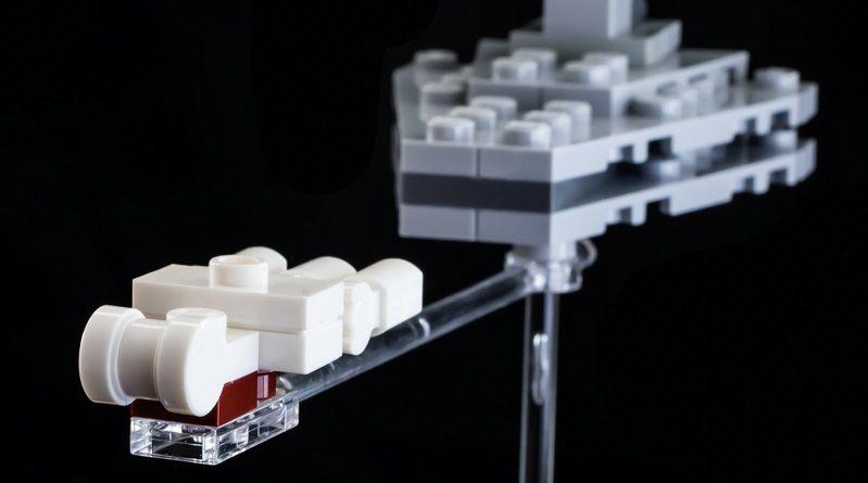 LEGO builds in 60 bricks: Star Wars Tantive IV pursuit