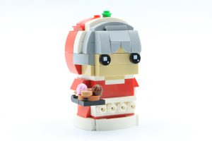 LEGO BrickHeadz 40274 Mr Mrs Claus 2 300x200