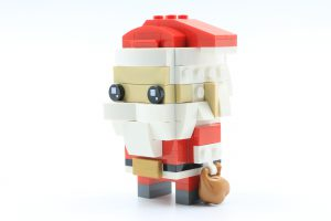 LEGO BrickHeadz 40274 Mr Mrs Claus 5 300x200