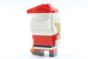 LEGO BrickHeadz 40274 Mr Mrs Claus 7 300x200