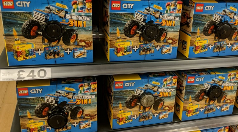 LEGO City Tesco Super Pack Featured 800 445