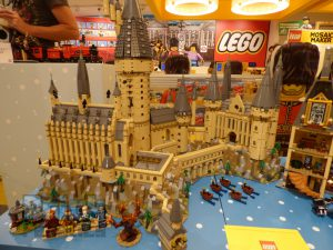 LEGO Harry Potter 71043 Hogwarts Castle Preview 38 300x225